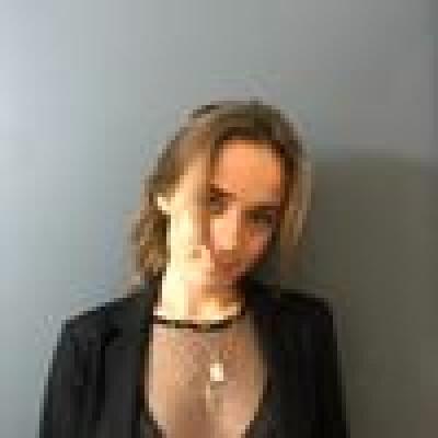 Laura zoekt een Studio / Appartement / Woonboot in Rotterdam
